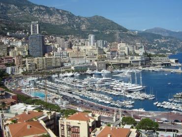 Монако остава най-скъпият жилищен пазар в света
