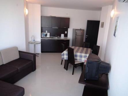 Апартамент с 2 спални на добра цена в Сарафово