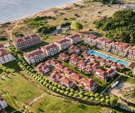 Къща с 3/4 спални на море до плаж Каваци