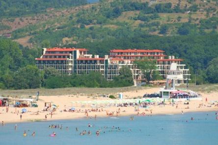 Апартаменти на първа линия плаж в Приморско