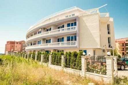 Апартаменти в Равда