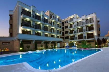 Продава апартаменти в централната част на Слънчев Бряг