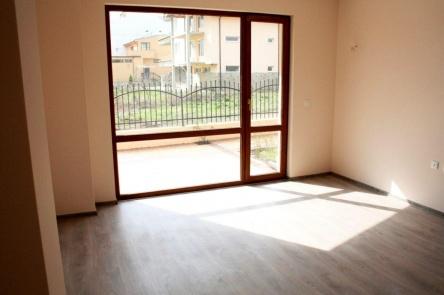 Двустаен апартамент в Сарафово нова сграда без такса