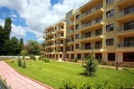 Апартаменти до Ботаническата градина във Варна