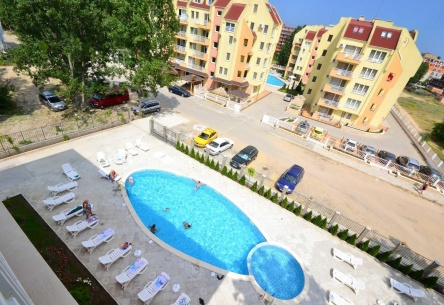 Обзаведени апартаменти в модерен комплекс в Банско