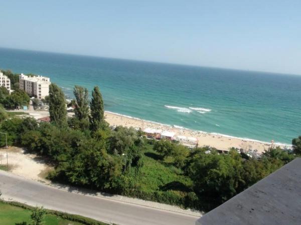 Тристаен апартамент в к-с Кабакум Бийч - м. Журналист със страхотна морска панорама