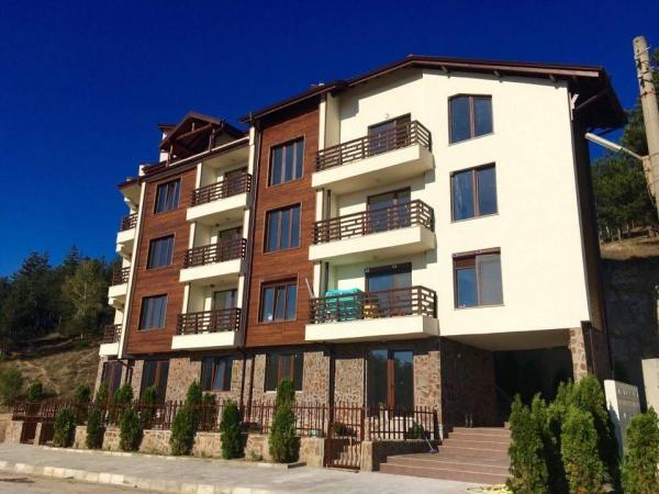 Нова жилищна сграда във Велинград
