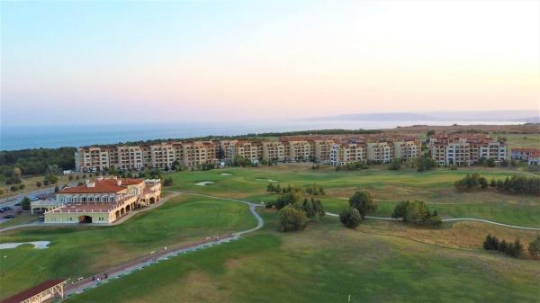 Апартамент в голф комплекс Лайтхаус - Балчик