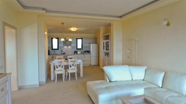 Луксозен апартамент в Club Residence - Black Sea Rama golf