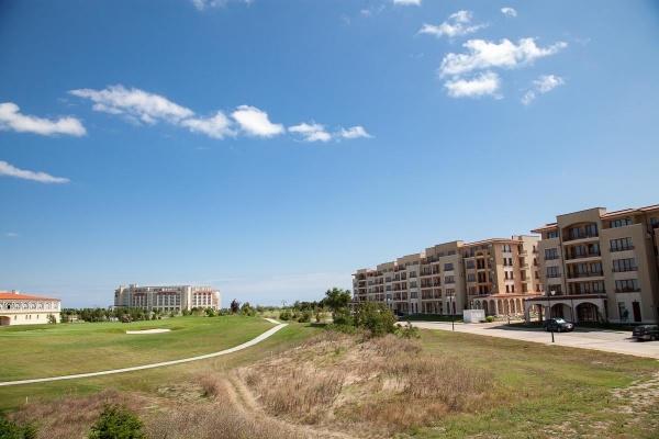 Изгоден апартамент в голф комплекс Лайтхаус - Балчик