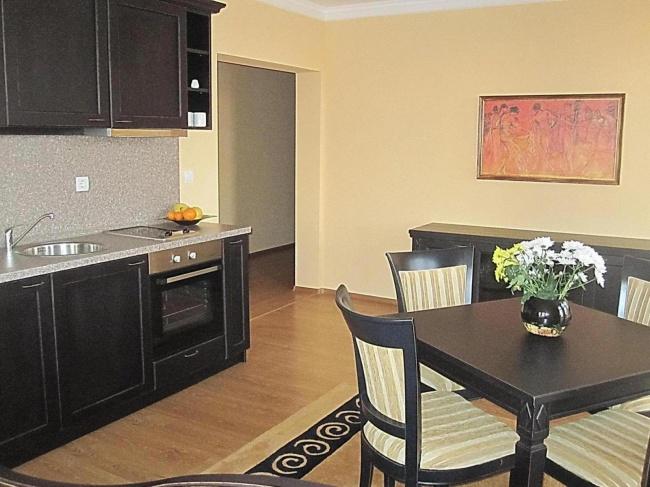 Луксозни хотелски апартаменти в Созопол