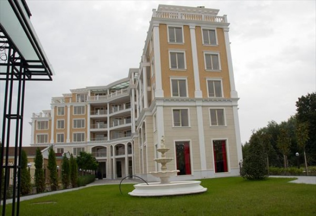 Апартаменти за продажба в Слънчев Бряг до почивна станция на Министерски съвет