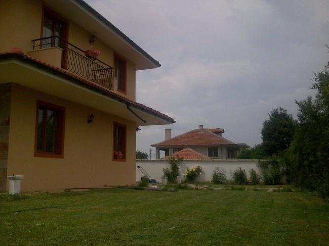 Къща до Слънчев Бряг