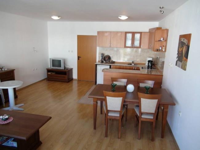 Апартамент в Сарафово близо до плаж