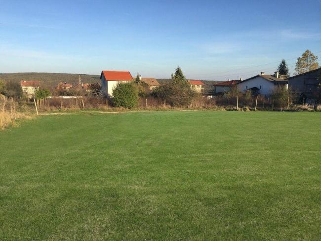 Къща до Варна и Камчия - село Близнаци