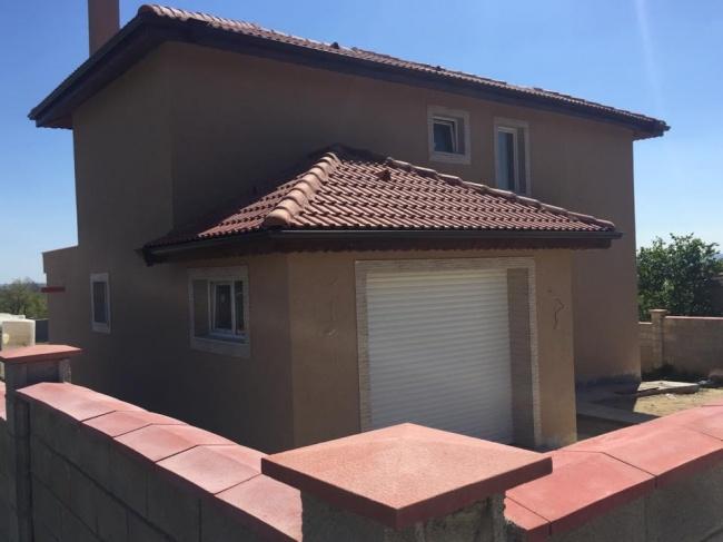 Нова къща до Варна и Камчия - Близнаци