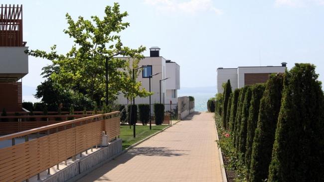 Модерна вила в Бургас