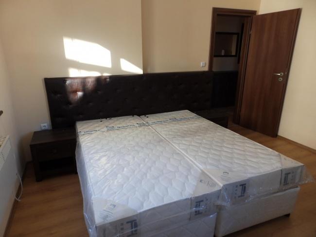 Нов обзаведен апартамент с две спални в Банско