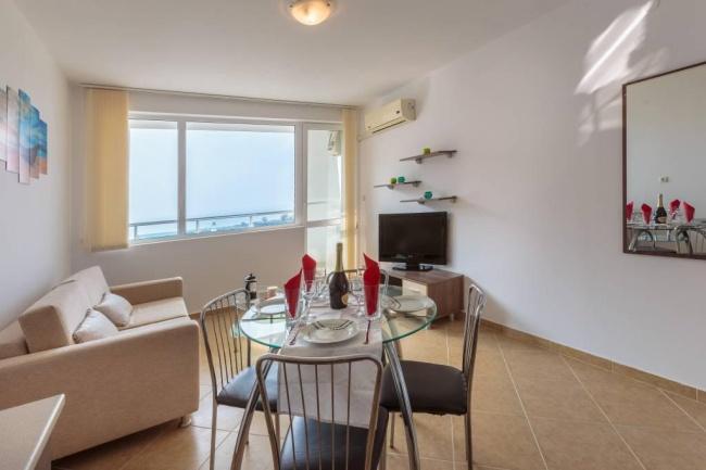 Апартаменти и студиа с морска гледка на ниски цени