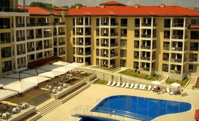 Апартаменти на първа линия море в Бяла