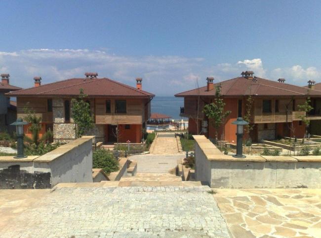 Созополис - луксозни къщи и апартаменти в модерен комплекс в Созопол