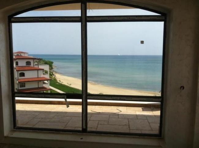 Апартаменти в Свети Влас на брега на морето - 3 години безлихвено изплащане
