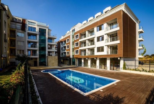 Луксозни апартаменти в Приморско пред плаж