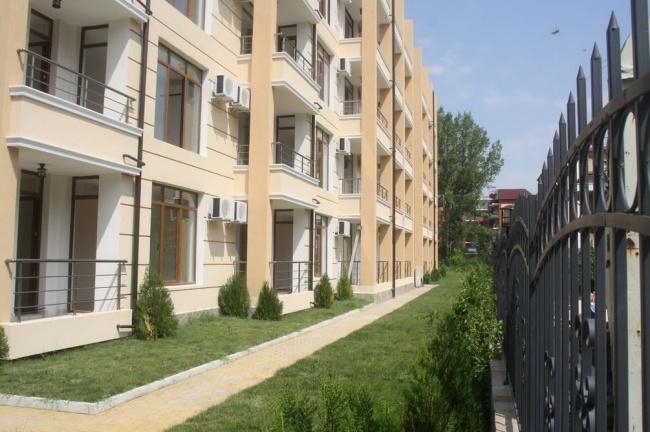 Апартаменти и студиа за продажба в южната част на Слънчев Бряг