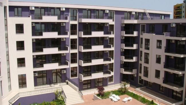 Апартаменти за продажба в Златни Пясъци до аква парк