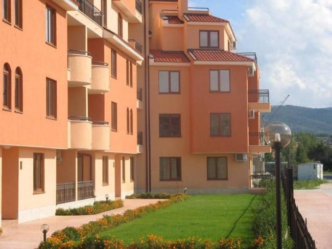 Апартаменти с една спалня за продажба в Слънчев Бряг