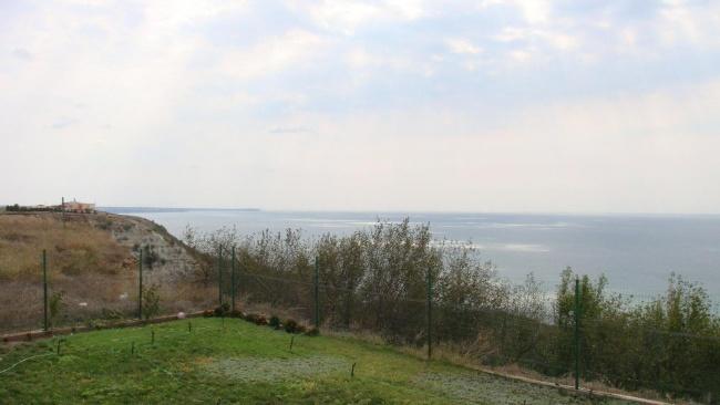 Просторна къща до голф игрище Black Sea Rama