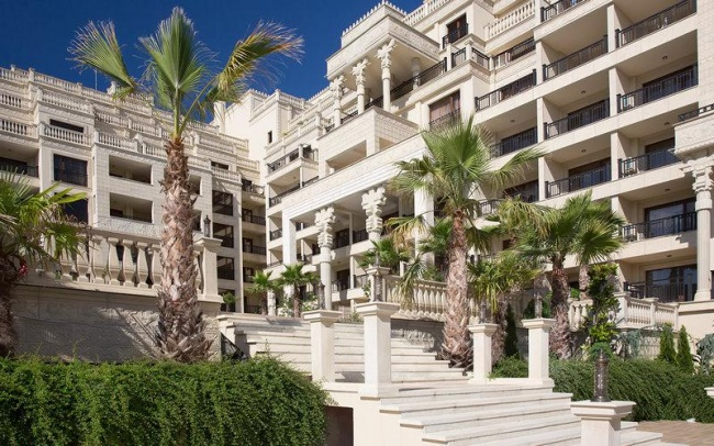 Продава апартаменти в Златни Пясъци до плаж