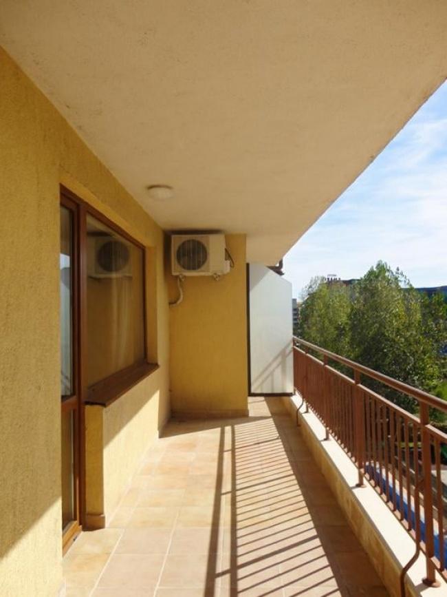 Апартамент на изплащане в Слънчев Бряг