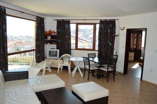 Евтин обзаведен апартамент в Балчик