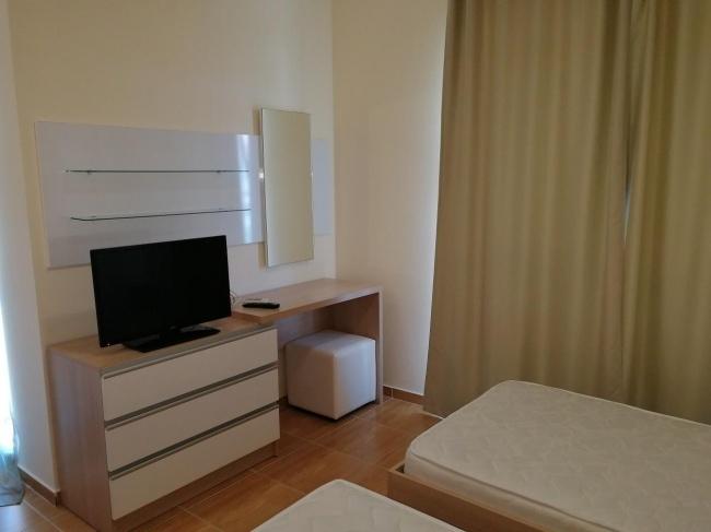 Апартамент с 3 спални до морския бряг в Св. Влас