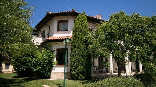 Къща в Black Sea Rama
