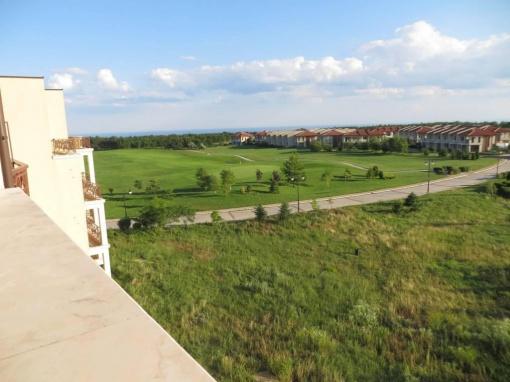 Двустаен апартамент в голф комплекс Лайтхаус - Балчик
