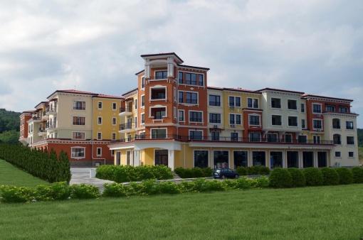 Апартамент до плаж Каваци