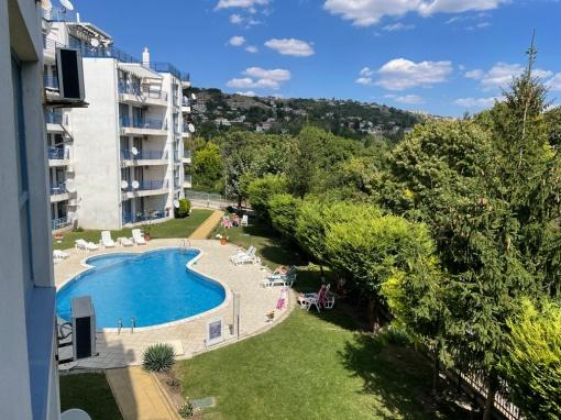 Тристаен апартамент в Балчик евтино